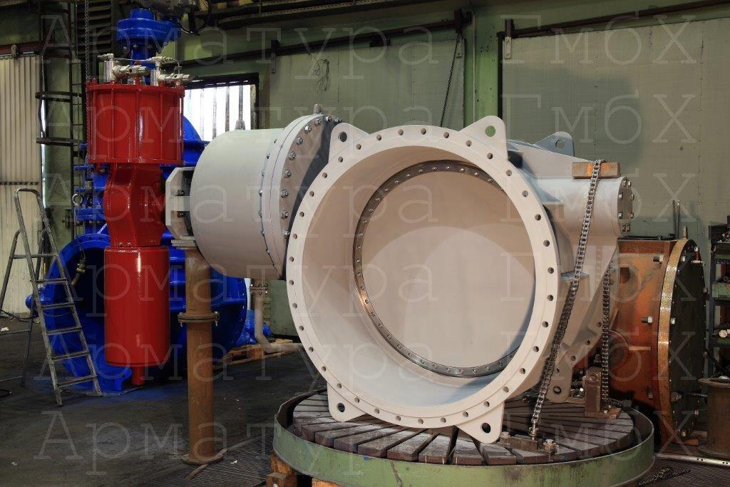 Паровой обратный клапан Ду1400 с пневматическим усилителем закрывания