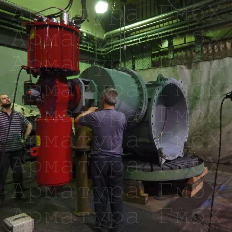 Турбинный паровой обратный клапан Ду1400 с пневмоприводом РОТОРК (1 секундный)
